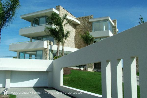 La casa que canta | Vaccarezza + Tenesini + Angelone | Arquitectos